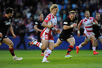 Billy Twelvetrees of Gloucester Rugby finds open space to score a try under the posts