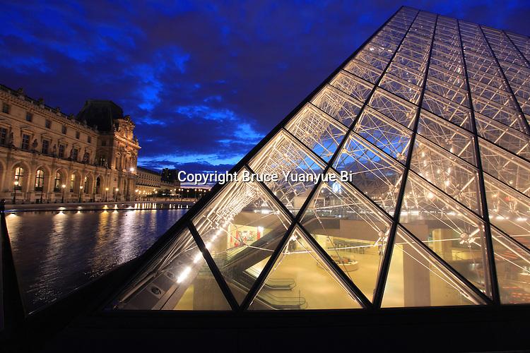 Glass pyramid in Napoléon court. Palais du Louvre. Musée du Louvre, Museum Louvre. Paris. city of Paris