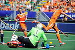 The Hague, Netherlands, June 13: George Pinner #1 of England makes a save during the field hockey semi-final match (Men) between The Netherlands and England on June 13, 2014 during the World Cup 2014 at Kyocera Stadium in The Hague, Netherlands. Final score 1-0 (1-0)  (Photo by Dirk Markgraf / www.265-images.com) *** Local caption *** aGeorge Pinner #1 of England, Billy Bakker #8 of The Netherlands