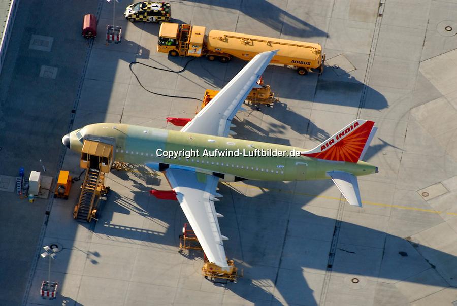 Airbus A319: EUROPA, DEUTSCHLAND, HAMBURG, (EUROPE, GERMANY), 24.11.2007: Airbus A 319 im Rohbau auf dem Werksflugplatz Finkenwerder, Flugplatz, Produktionsstandort, EADS, Airbus, A 319,  Landebahn, Startbahn , Air India, Aufwind Luftbilder, Luftbild, Luftaufnahme..c o p y r i g h t : A U F W I N D - L U F T B I L D E R . de.G e r t r u d - B a e u m e r - S t i e g 1 0 2, .2 1 0 3 5 H a m b u r g , G e r m a n y.P h o n e + 4 9 (0) 1 7 1 - 6 8 6 6 0 6 9 .E m a i l H w e i 1 @ a o l . c o m.w w w . a u f w i n d - l u f t b i l d e r . d e.K o n t o : P o s t b a n k H a m b u r g .B l z : 2 0 0 1 0 0 2 0 .K o n t o : 5 8 3 6 5 7 2 0 9.C o p y r i g h t n u r f u e r j o u r n a l i s t i s c h Z w e c k e, keine P e r s o e n l i c h ke i t s r e c h t e v o r h a n d e n, V e r o e f f e n t l i c h u n g  n u r  m i t  H o n o r a r  n a c h M F M, N a m e n s n e n n u n g  u n d B e l e g e x e m p l a r !.