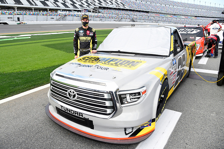 #98: Grant Enfinger, ThorSport Racing, Toyota Tundra Champion/Curb Records
