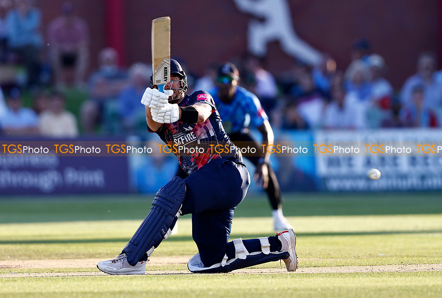 Dan Lincoln hits out for Kent during Kent Spitfires vs Sussex Sharks, Vitality Blast T20 Cricket at The Spitfire Ground on 18th July 2021