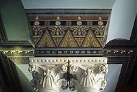 Hartford: Capitol Interior--Capitals of Columns in vestibule/entrance/foyer?  Photo '91.