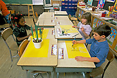 MR / Schenectady, New York.Yates Arts Magnet School / Grade 1 and 2 split.Curriculum integration: students do painting of plant; activity is part of multi-subject study including science, math, art, and language arts..MR:L-C 1-2   .scan from slide.© Ellen B. Senisi