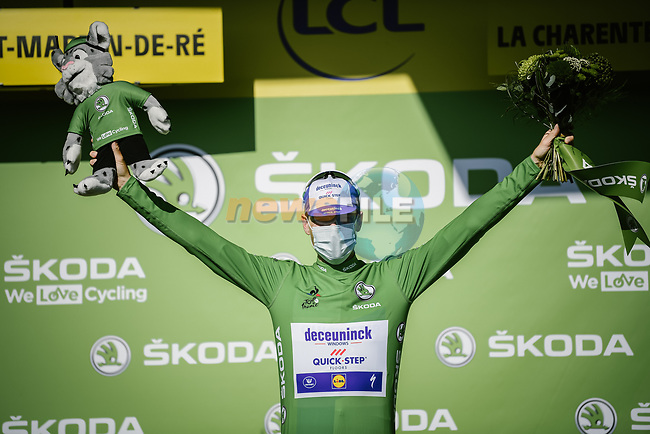 Irish Champion Sam Bennett (IRL) Deceuninck-Quick Step wins Stage 10 and also retakes the points Green Jersey of Tour de France 2020, running 168.5km from Ile d'Oléron to Ile de Ré, France. 8th September 2020.<br /> Picture: ASO/Pauline Ballet | Cyclefile<br /> All photos usage must carry mandatory copyright credit (© Cyclefile | ASO/Pauline Ballet)