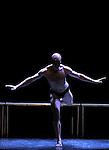 MC 14 22 CECI EST MON CORPS....Choregraphie : PRELJOCAJ Angelin..Compagnie : Ballet de l Opera National de Paris..Lumiere : RIOU Patrick..Costumes : JASIAK Daniel..Avec :..GROUD Sylvain..Lieu : Opera Garnier..Ville : Paris..Le : 28 04 2009..© Laurent PAILLIER / www.photosdedanse.com..All rights reserved