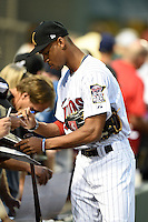 Salt River Rafters outfielder Byron Buxton (2) signs autographs before an Arizona Fall League game against the Scottsdale Scorpions on October 7, 2014 at Salt River Fields at Talking Stick in Scottsdale, Arizona.  Scottsdale defeated Salt River 7-4.  (Mike Janes/Four Seam Images)