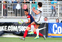 Boyds, MD - Saturday May 07, 2016: Washington Spirit defender Ali Krieger (11) sends a cross by Portland Thorns FC defender Meghan Klingenberg (25) during a regular season National Women's Soccer League (NWSL) match at Maureen Hendricks Field, Maryland SoccerPlex. Washington Spirit tied the Portland Thorns 0-0.