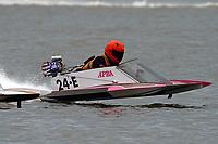 E-113, 24-E   (Outboard Hydroplanes)