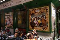 Spanien, Restaurant bei der Calle del Nuncio in Madrid