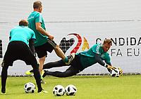 Torwart Manuel Neuer (Deutschland Germany) im Training - 29.05.2018: Training der Deutschen Nationalmannschaft zur WM-Vorbereitung in der Sportzone Rungg in Eppan/Südtirol
