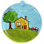 Comfort life of a house and vehicle in a transparent bowl