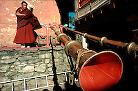 .Himalayan horns at Thyangboche Monastery during the Mane Rimdu festival, Khumbu (Everest) region, Nepal Himalaya..
