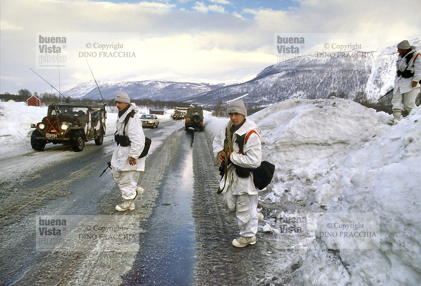 - NATO Exercises AMF (Allied Mobil Force) in Norway, February 1986; soldiers of Luxembourgish Army<br /> <br /> - Esercitazioni NATO AMF (Allied Mobil Force) in Norvegia, Febbraio 1986; militari dell'esercito Lussemburghese