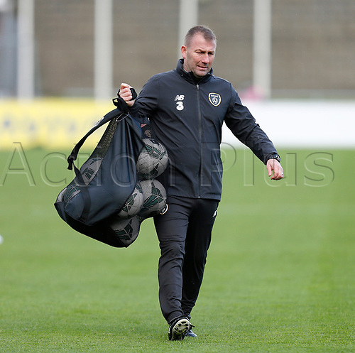 15th November 2020; Tallaght Stadium, Dublin, Leinster, Ireland; 2021 Under 21 European Championships Qualifier, Ireland Under 21 versus Iceland U21; Republic of Ireland coach Alan Reynolds gets ready for the warm up