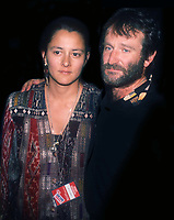 Robin Williams and wife 1990<br /> Photo By John Barrett/PHOTOlink