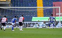 BOGOTA - COLOMBIA, 13-06-2021: Fernando Uribe de Millonarios F. C. anota gol a Sebastian Viera de Atletico Junior durante partido entre Millonarios F. C. y Atletico Junior de vuelta de las Semifinales por la Liga BetPlay DIMAYOR I 2021 jugado en el estadio Nemesio Camacho El Campin de la ciudad de Bogota. / Fernando Uribe de Millonarios F. C. scored goal to Sebastian Viera of Atletico Junior during a match between Millonarios F. C. and Atletico Junior of the second leg of the Semifinals for the BetPlay DIMAYOR I 2021 League played at the Nemesio Camacho El Campin Stadium in Bogota city. / Photo: VizzorImage / Daniel Garzon / Cont.