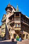 France, Alsace, Haut-Rhin, Colmar: House Pfister (built 1537 by a rich hatter) | Frankreich, Elsass, Haut-Rhin, Colmar: Haus Pfister (erbaut 1537 fuer einen reichen Hutmacher)