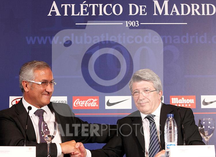Atletico de Madrid's new coach Gregorio Manzano (l) during his official presentation with the President Enrique Cerezo. June 10, 2011. (ALTERPHOTOS/Acero)