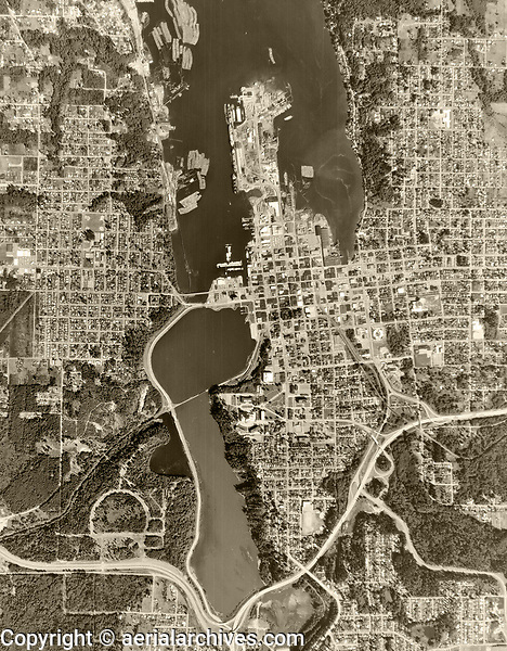 historical aerial photograph of Olympia, Washington, 1968