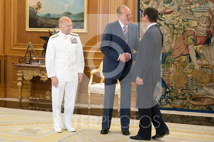 King Juan Carlos I of Spain with the Admiral James G. Stavridis, Supreme Allied Commander Europe  (SACEUR)..(Alterphotos/Ricky)