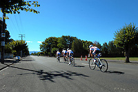 3Sixty Sports in action during race one of the Trust House Women's Cycle Tour Of New Zealand in Masterton, New Zealand on Wednesday, 18 February 2015. Photo: Dave Lintott / lintottphoto.co.nz