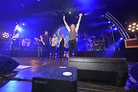 CULTUUR: AMSTERDAM: 14-12-2019, De Friese popgroep De Kast vierde haar 30-jarig bestaan met een jubileumconcert in de AFAS Live, ©foto Martin de Jong