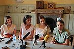La llum d'Elna.<br /> Visita al rodaje.<br /> Natalia de Molina, Silvia Quer, Noemie Schmidt & Nausicaa Bonnin.