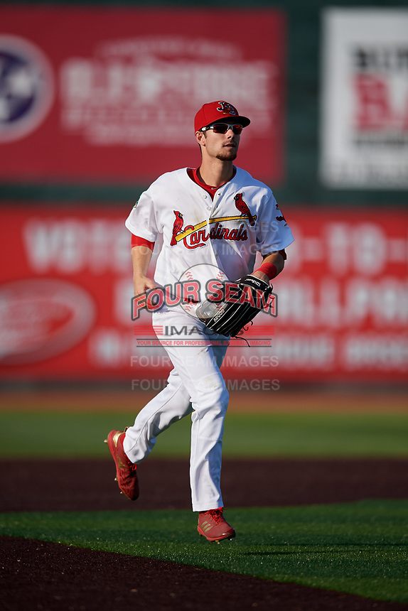 Johnson City Cardinals right fielder Brandon Riley (32) jogs back to the dugout during a game against the Danville Braves on July 29, 2018 at TVA Credit Union Ballpark in Johnson City, Tennessee.  Johnson City defeated Danville 8-1.  (Mike Janes/Four Seam Images)