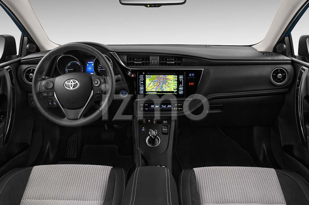 Stock photo of straight dashboard view of 2015 Toyota Auris Lounge 5 Door Hatchback Dashboard