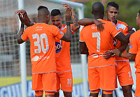 ENVIGADO - COLOMBIA, 27-07-2019: Alexis Zapata (#10) del Envigado celebra después de anotar el segundo gol de su equipo durante partido por la fecha 3 de la Liga Águila II 2019 entre Envigado F.C. y Cúcuta Deportivo jugado en el estadio Polideportivo Sur de Envigado. / Alexis Zapata (#10) of Envigado celebrates after scoring the second goal of his team during match for the date 3 of the Liga Aguila II 2019 between Envigado F.C. and Cucuta Deportivo played at Polideportivo Sur stadium of Envigado city.  Photo: VizzorImage / Leon Monsalve / Cont