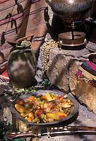 """Europe/Turquie/Antalya : Jarret d'agneau aux gombos faisant partie des recettes du """"7 Mehmet"""""""