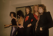 NEW YORK DOLLS, LIVE,  LOCATION, BACKSTAGE 1973, NEIL ZLOZOWER