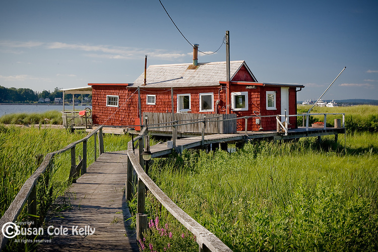 Red cottage on the Connecticut River in Old Saybrook, CT
