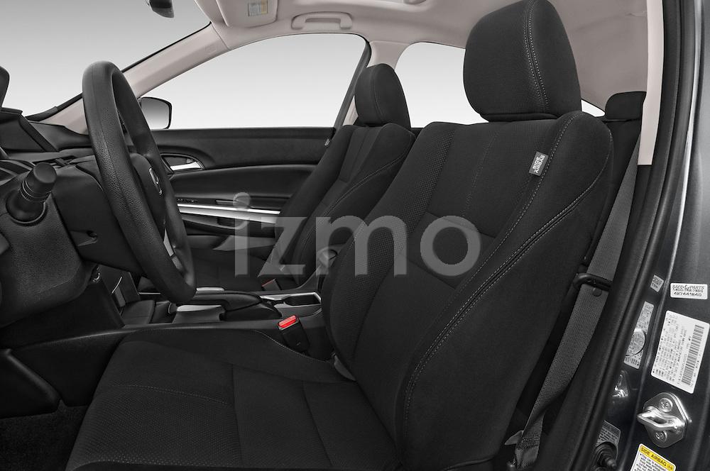 Front seat view of 2015 Honda Crosstour EX 4 Door Hatchback Front Seat car photos