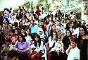 Irak 2002  Anniversaire de la creation du PDK a Duhok, les femmes et les enfants  Iraq 2002  Celebration of KDP in Duhok, women and children