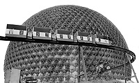1967 FILE PHOTO - ARCHIVES -<br /> <br /> Expo's mini-rail that trapped some 100 persons during inaugural run. The train runs through the American pavilion in the background but does not stop there<br /> <br /> 1967<br /> <br /> PHOTO : Boris Spremo - Toronto Star Archives - AQP