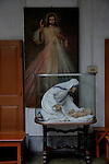 A clay model of Mother Teresa at Mother's House, Kolkata, West Bengal, India. 18th August 2010. Arindam Mukherjee