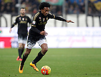 Calcio, Serie A: Frosinone vs Juventus. Frosinone, stadio Comunale, 7 febbraio 2016.<br /> Juventus' Juan Cuadrado in action during the Italian Serie A football match between Frosinone and Juventus at Frosinone's Comunale stadium, 7 January 2016.<br /> UPDATE IMAGES PRESS/Isabella Bonotto