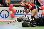 GER - Luebeck, Germany, February 06: During the 1. Bundesliga Damen indoor hockey semi final match at the Final 4 between Berliner HC (blue) and Duesseldorfer HC (red) on February 6, 2016 at Hansehalle Luebeck in Luebeck, Germany. Final score 1-3 (HT 0-1). (Photo by Dirk Markgraf / www.265-images.com) *** Local caption *** Elisa Graeve #26 of Duesseldorfer HC