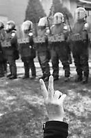 manifestant etudiant face aux policiers de la SQ, a Saint-Therese<br />  en mai 2012 durant le  Printemps erable.<br /> <br /> <br /> <br /> PHOTO : Agence Quebec presse
