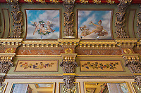 Europe/France/Midi-Pyrénées/31/Haute-Garonne/Toulouse: Brasserie: Le Bibent ,  le décor en stuc est caractéristique de la Belle Époque. L'édifice est inscrit au titre des monuments historiques en 1975 pour son décor intérieur. Le restaurant a été repris par Christian Constant
