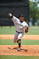 GCL Pirates relief pitcher Hector Quinones (28) delivers a pitch during a game against the GCL Tigers West on July 17, 2017 at TigerTown in Lakeland, Florida.  GCL Tigers West defeated the GCL Pirates 7-4.  (Mike Janes/Four Seam Images)