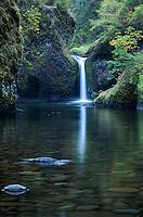 Punchbowl falls, Columbia River Gorge, Oregon