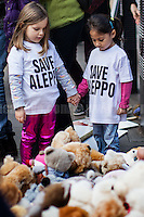 """22.10.2016 - """"Rally for Aleppo"""" - Teddy Bears Protest at 10 Downing St."""
