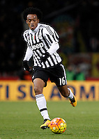 Calcio, Serie A:  Bologna vs Juventus. Bologna, stadio Renato Dall'Ara, 19 febbraio 2016. <br /> Juventus' Juan Cuadrado in action during the Italian Serie A football match between Bologna and Juventus at Bologna's Renato Dall'Ara stadium, 19 February 2016.<br /> UPDATE IMAGES PRESS/Isabella Bonotto