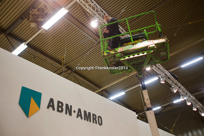 09-02-13, Tennis, Rotterdam, qualification ABNAMROWTT, building VIP village