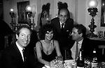 CARLO GIOVANELLI CON LAURA ANTONELLI, DADO RUSPOLI E MASSIMO GARGIA<br /> FESTA DONINA CICOGNA A VILLA MARZOTTO ROMA 1975