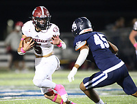 Landon Phipps (5) of Springdale runs ball as Amare Tareo (45) of Springdale Har-ber looks to bring him down on Friday, Oct. 8, 2021, during the first half of play at Wildcat Stadium in Springdale. Visit nwaonline.com/211009Daily/ for today's photo gallery.<br /> (Special to the NWA Democrat-Gazette/David Beach)