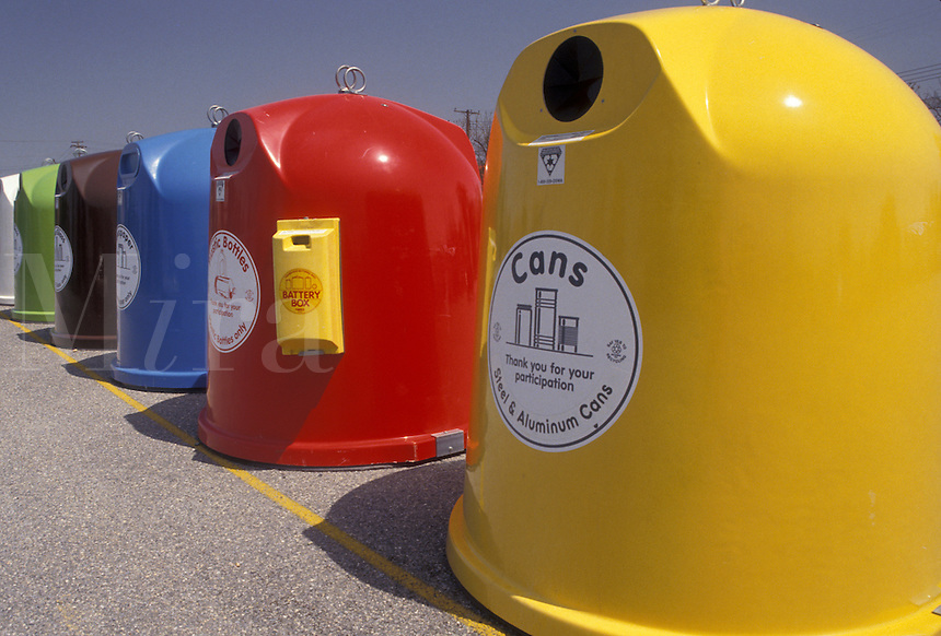 AJ3426, recycle, recycling, bin, Colorful recycling bins lined up for public use in Delaware